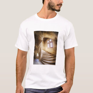 Escadaria bege do spirl, France T-shirt