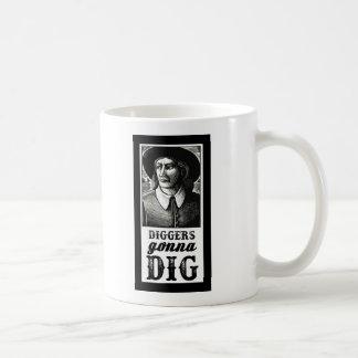 Escavadores que vão escavar caneca de café