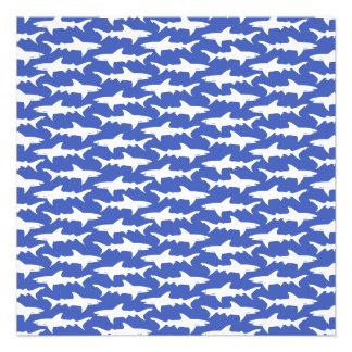 Escola dos tubarões azul e branco engraçados convites personalizado
