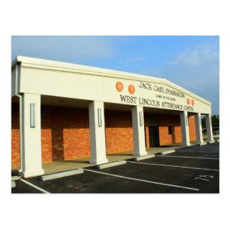Escola ocidental de Lincoln - ginásio do exemplo d Cartão Postal