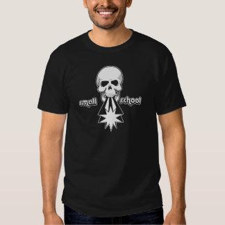 """Escola pequena do """"atirador de OG crânio """" Camisetas"""
