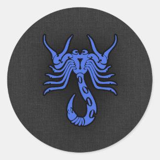 Escorpião dos azuis marinhos adesivo redondo