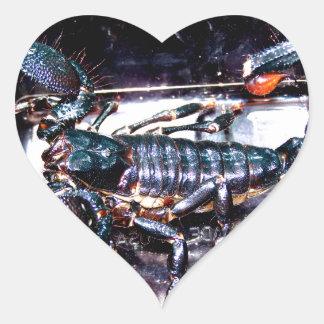 Escorpião grande, mau adesivo