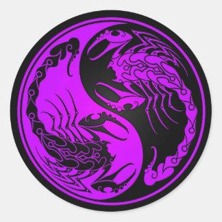 Escorpião roxos e pretos de Yin Yang Adesivos Redondos