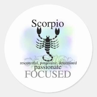 Escorpião sobre você adesivo
