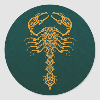 Escorpião tribal azul dourado adesivos redondos