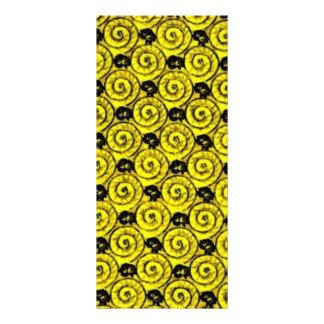 Escudos e amarelo das flores 10.16 x 22.86cm panfleto
