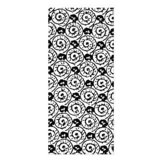Escudos e flores preto e branco 10.16 x 22.86cm panfleto