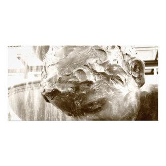 Escultura do menino cartoes com fotos