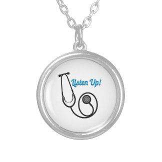 Escute acima bijuterias personalizadas