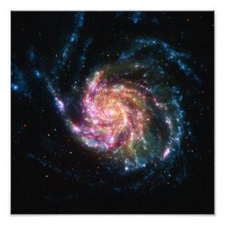 Espaço da espiral da galáxia do Pinwheel Impressão De Foto