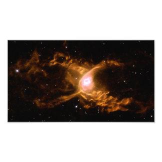 Espaço da nebulosa da aranha vermelha impressão fotográficas