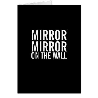 Espelho do espelho no cartão velho de obtenção