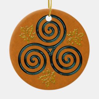 Espiral tripla de turquesa na laranja ornamento de cerâmica redondo