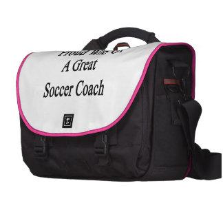 Esposa orgulhosa de um grande treinador do futebol bolsa para notebook