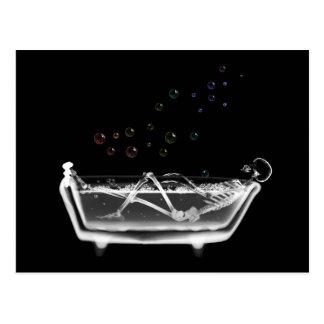Esqueleto do raio X da banheira - bolhas do arco-í Cartao Postal