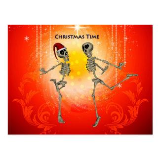 Esqueletos engraçados cartão postal