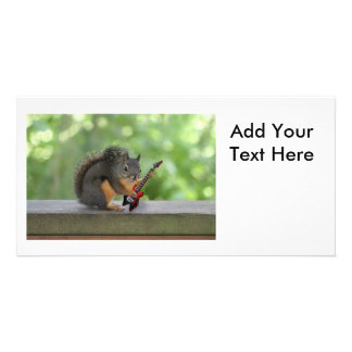 Esquilo que joga a guitarra elétrica cartoes com foto
