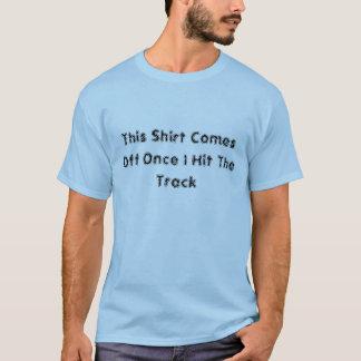 Esta camisa vem fora uma vez que eu bato a trilha