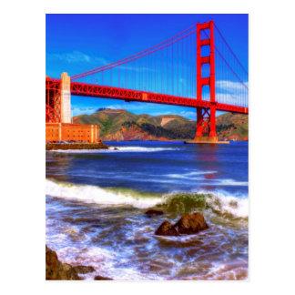Esta é uma imagem de HDR de 3 tiros do Golden Gate Cartão Postal