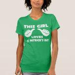 Esta menina ama camisetas engraçadas do dia de St