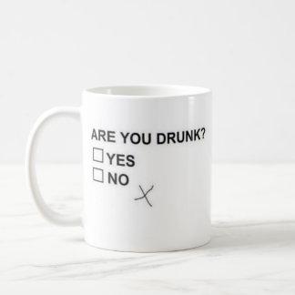 Está você bêbedo? Caneca