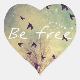 Esteja livre adesivo coração