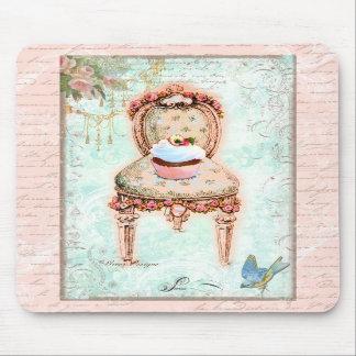 Estilo francês do Victorian do cupcake Mousepads