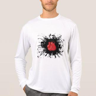 Estilo urbano de encaixotamento t-shirt
