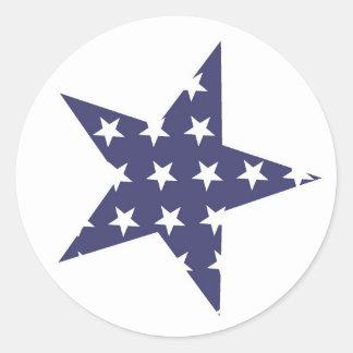 Estrela azul com teste padrão de estrelas branco adesivo