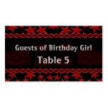 Estrela do rock do bolo de aniversário na mesa ver cartoes de visita