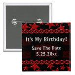 Estrela do rock do bolo de aniversário no vermelho boton