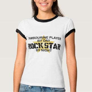 Estrela do rock do pandeiro em a noite t-shirt