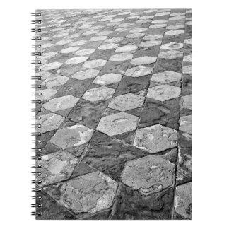 Estrela preto e branco caderno modelado
