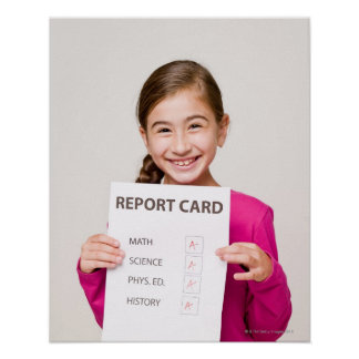 Estudante de sorriso orgulhosa das notas poster
