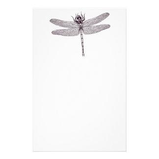 Estudo de uns artigos de papelaria da libélula