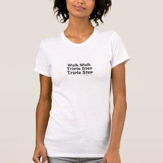 Etapa triplicar-se da caminhada da caminhada camiseta