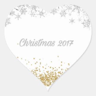 Etiqueta 2017 do coração do Natal da prata e do