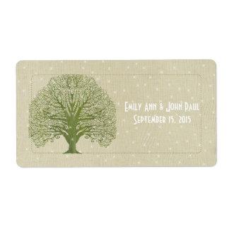 Etiqueta A árvore verde-oliva do redemoinho nas estrelas de