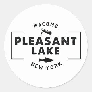 Etiqueta agradável do lago