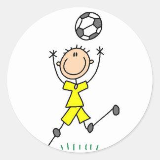 Etiqueta amarela do futebol dos meninos adesivo