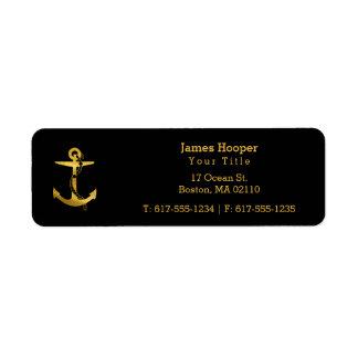Etiqueta Âncora dourada com os presentes náuticos da corda