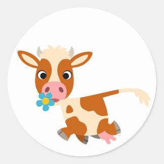 Etiqueta bonito da vaca trotar dos desenhos adesivos em formato redondos