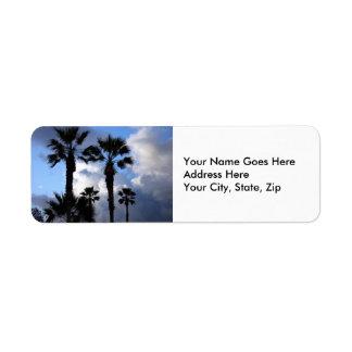 Etiqueta Céu azul e palmeiras