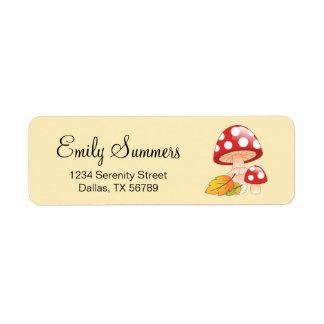 Etiqueta Cogumelos vermelhos do Toadstool do boné com
