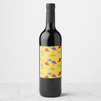 etiqueta colorida do vinho dos cogumelos