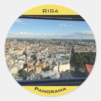 Etiqueta com panorama de Riga