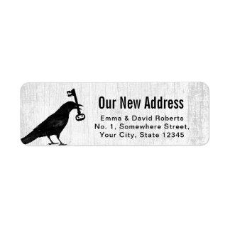Etiqueta Corvo novo do endereço & madeira branca rústica