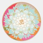 Etiqueta da mandala do símbolo da flor e do OM de Adesivos Em Formato Redondos