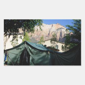 Etiqueta de acampamento das montanhas